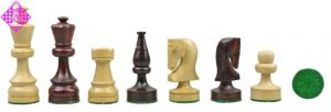 Chessmen boxwood / red coloured wood